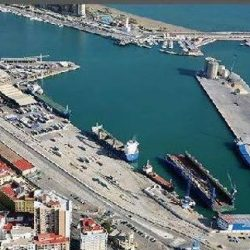 The port reactivates its commitment to a shopping center in Muelle de Heredia.